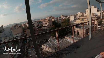Трахнул фитоняшку большим членом на балконе